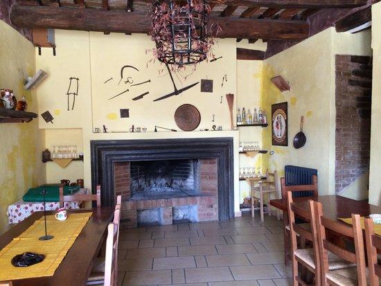 Castel d'Arno: Rustica
