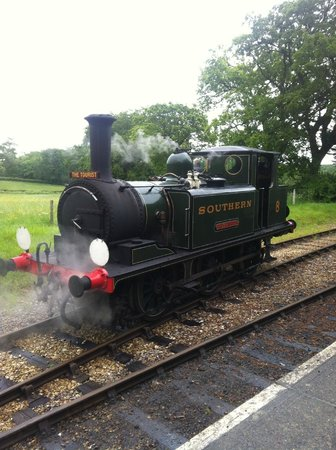 Isle of Wight Steam Railway: Steam Train