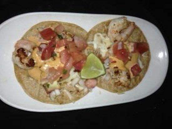 Lupita Mexican Restaurant: 2 bite size tacos for £8 joke