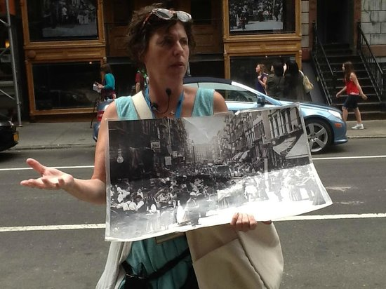 Tenement Museum: One of our great guides
