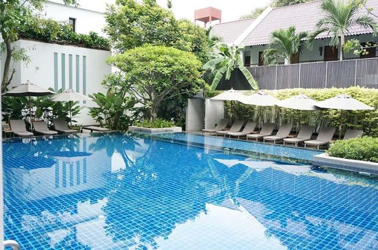 Woodlands Suites Serviced Residences: The Pool from our veranda