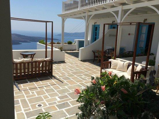 Kastro Suites Santorini: Balcony
