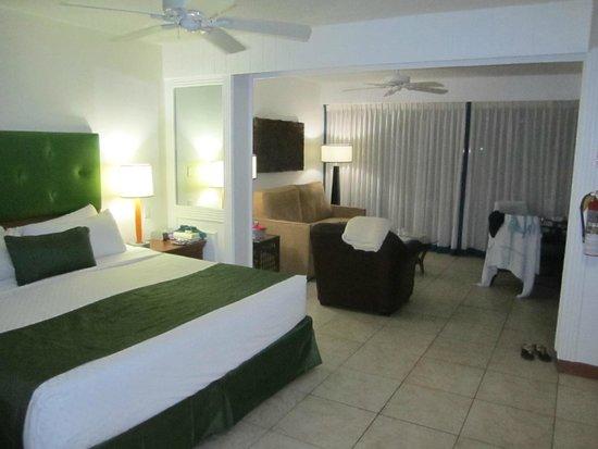 Flamingo Beach Resort : Room 7330