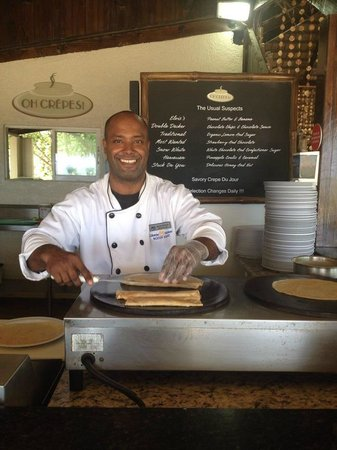The Tropical at Lifestyle Holidays Vacation Resort: Oh Crepes - Serenity Beach - The Best!