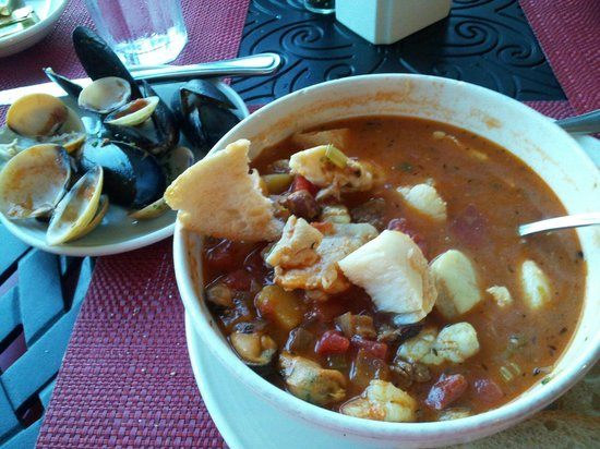 Sea Captain's House : Sea Captain's Muddle - everything seafood.