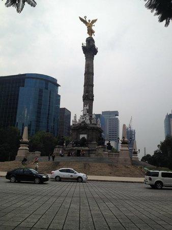 Paseo de la Reforma: La Reforma