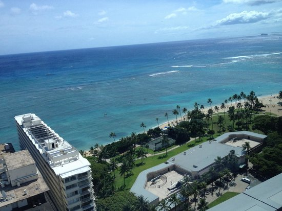 Trump International Hotel Waikiki: View from our beautiful room!