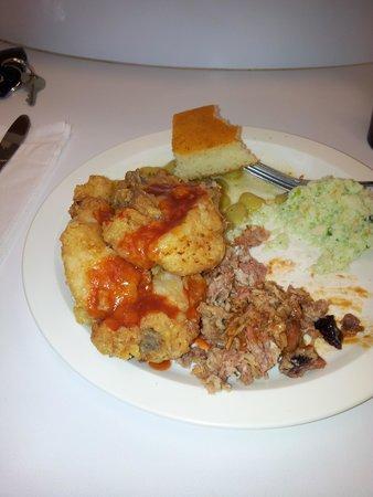 Buckner's Family Restaurant : Serve Yourself cooking