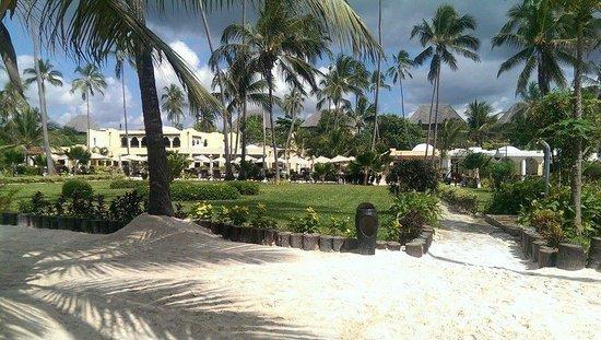 Dream of Zanzibar: Resort gezien vanaf het strand