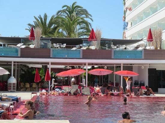 Ushuaia Ibiza Beach Hotel : Tower pool