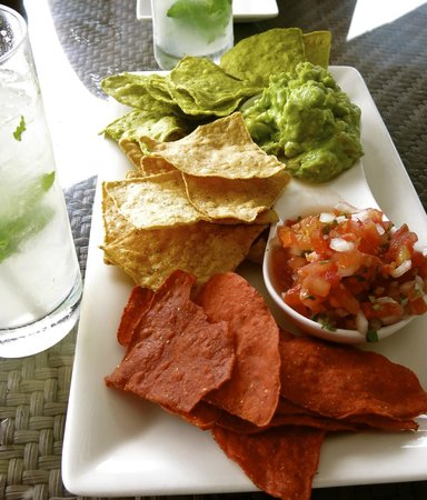 Fairmont Mayakoba: Guacamole from heaven.