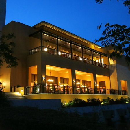 Fairmont Mayakoba: Main hotel.