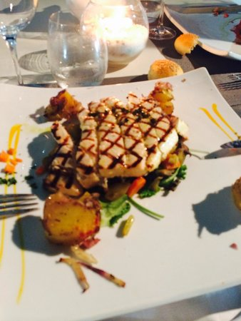 Boheme Enoristorante : Questo il pesce spada una delizia!!! Tutti i piatti sono deliziosi, assolutamente da provare! Gr