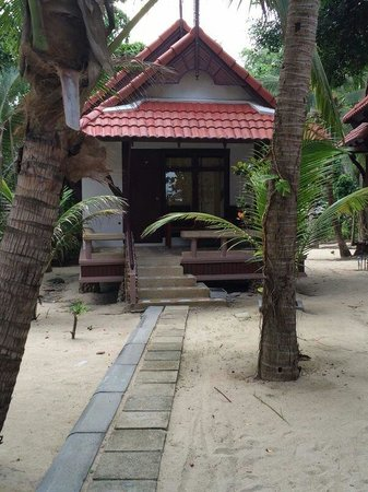 First Bungalow Beach Resort : Beach Bungalow