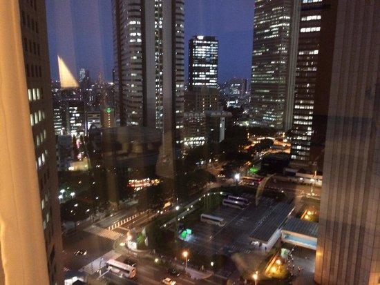 Hyatt Regency Tokyo : Room view at night