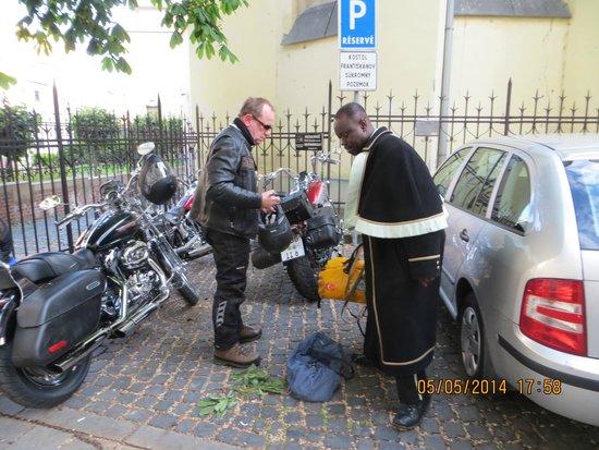 Arcadia Hotel: netter Service, auch für Biker