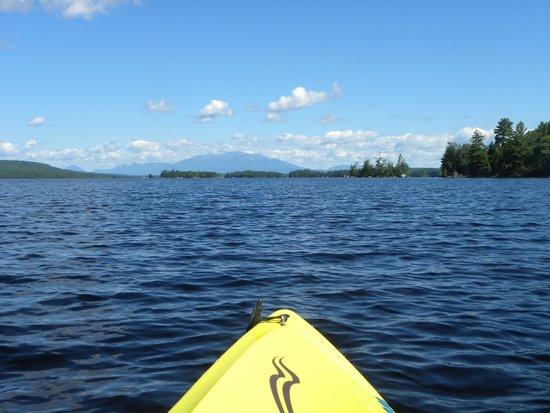 5 Lakes Lodge: Morning kayak