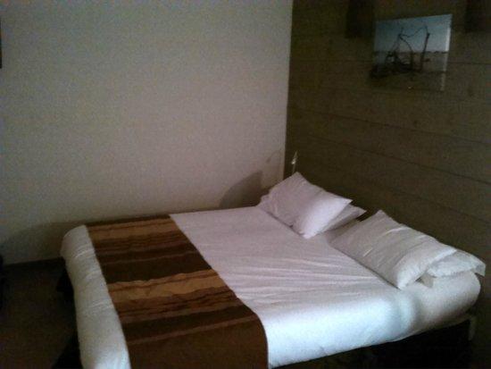 Hotel Mas des Salicornes: Chambre