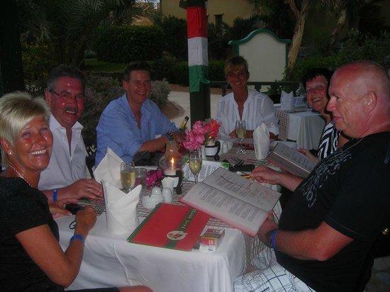 Three Corners Rihana Resort : gezellig met de vrienden