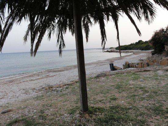 Case Vacanze Lumia : Пляж вечером. Вообще никого