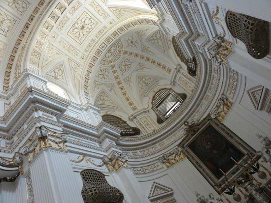 Case Vacanze Lumia : Красивейший храм св. Марии в Шакке