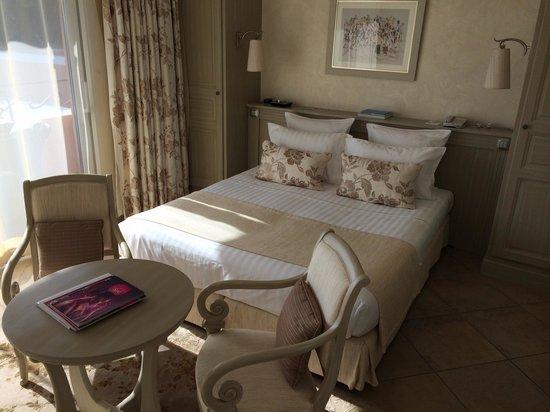 Chateau De La Messardiere : Bed Room