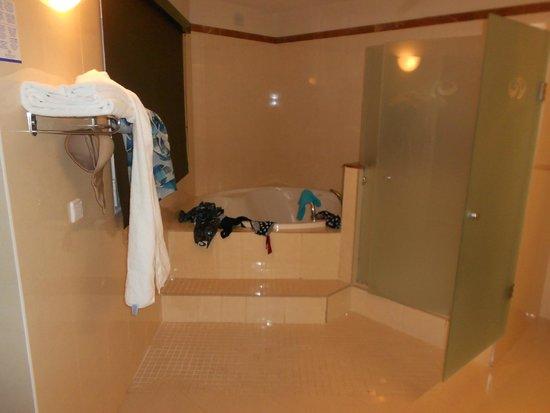 Grand Palladium Bavaro Suites Resort & Spa : sdb