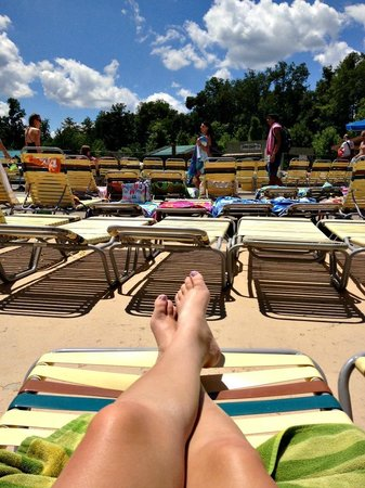 Dollywood's Splash Country Water Adventure Park: By the wave pool