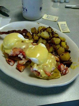 Becky's Diner : Lobster Benedict