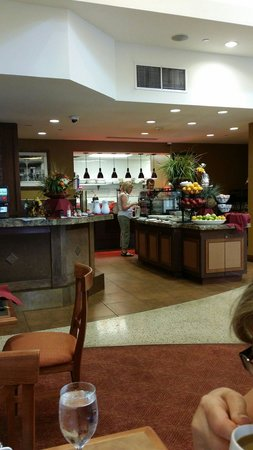 Hilton Garden Inn Yuma Pivot Point: Breakfast restaurant area