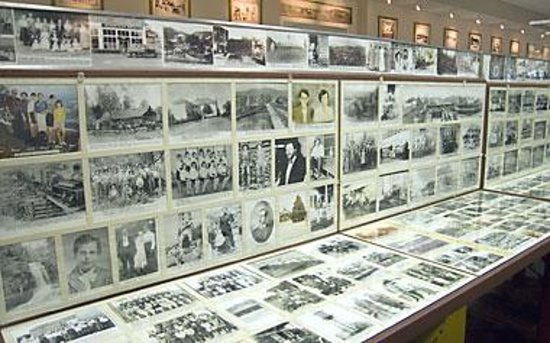 Foyer Museum Hours : Charles hall museum tellico plains all you need to