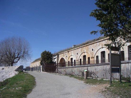 Fort de la Revere au dessus de eze village