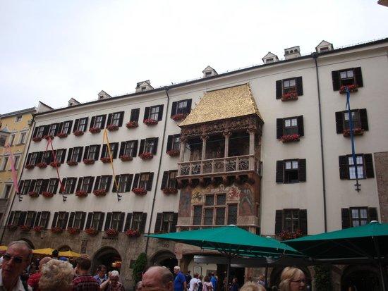 Hotel Panther: Innsbruck Golden canopy.