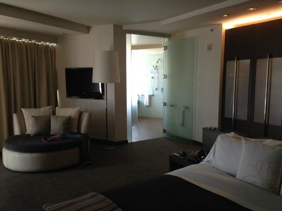 W Scottsdale: Cool corner suite