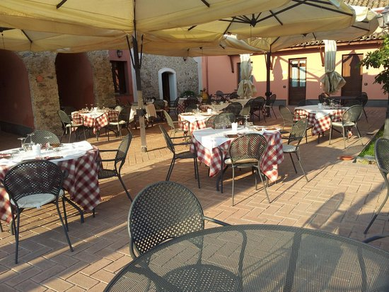 La Casa di Botro: zona pranzo/cena