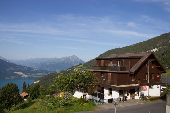 Hotel Beausite: Beausite Hotel overlooking Thunnersee