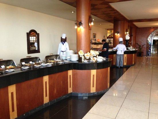 The Panari Hotel : The BIG buffet