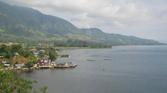 North Sumatra, Endonezya: Pemandangan Danau Toba