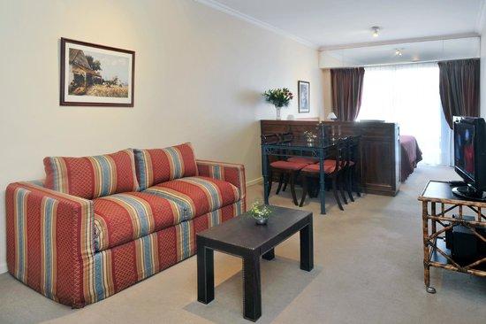 Mayla Apartments: zona living