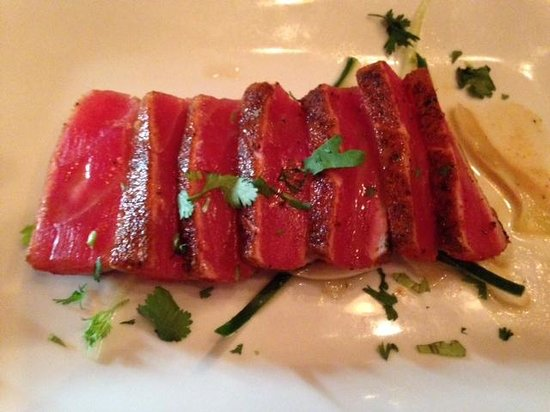 Costa Brava: Tuna appetizer