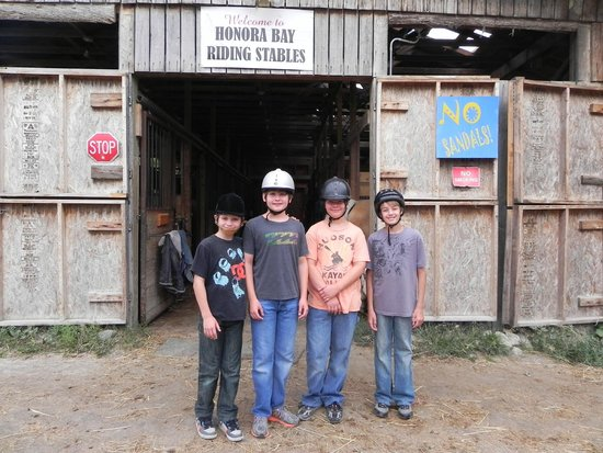 Honora Bay Riding Stables: all four boys ready and waiting