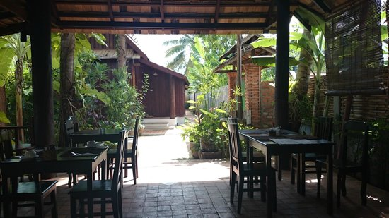 Maison Dalabua Hotel: Breakfast terrace