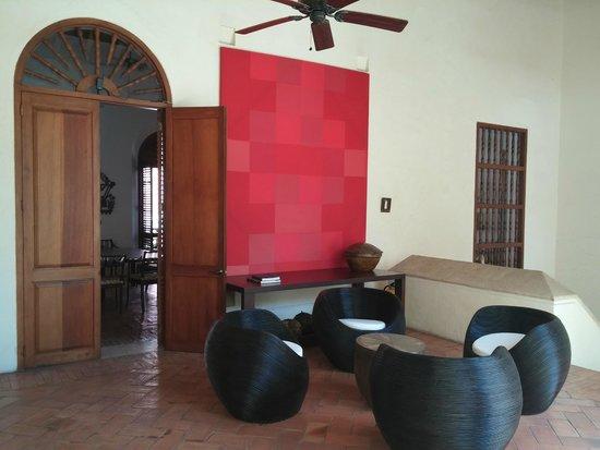 Hotel Quadrifolio: Salón piso 2