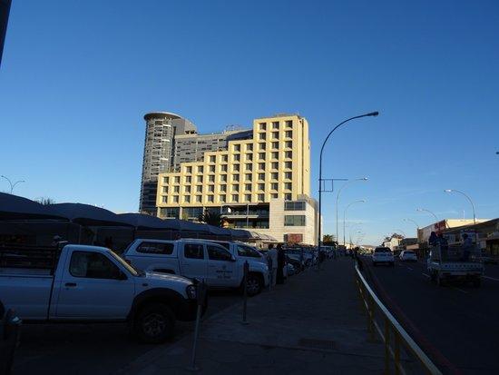 Hilton Windhoek: L'Hilton vu de l'extérieur