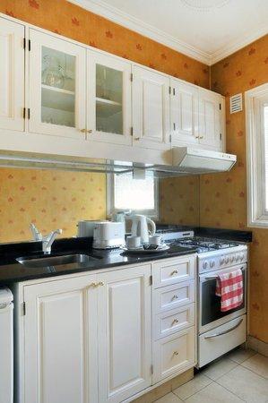 Mayla Apartments: Cocina departamento Studio