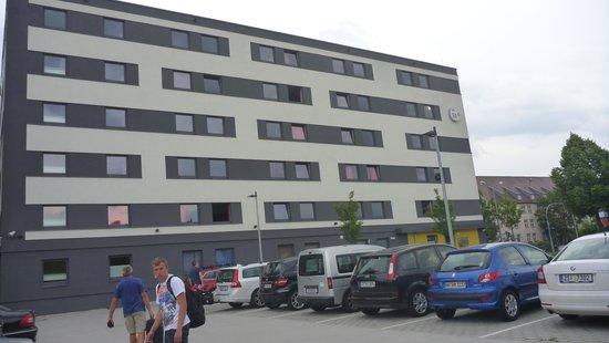 B&B Hotel Regensburg: Parkeringspladsen