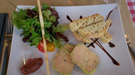 L'Adresse : Entrée du menu à 21 à l adresse: foie gras et son chutney de dattes: parfait