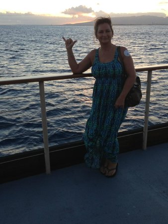 Pacific Beach Hotel: dinner cruise