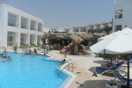 Melia Sinai: piscina