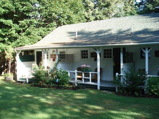 Inn at Bay Ledge : Cottage